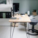 Aktiv sitzen und produktiv arbeiten im Home Office mit dem aeris swopper